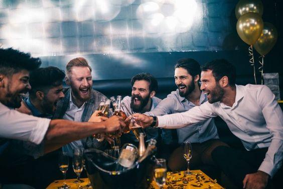 groomsmen duties